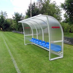 Shelter for substitutes with cellular polycarbonate cover