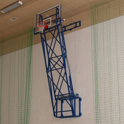 Vertically lifted basketball structure with electric drive
