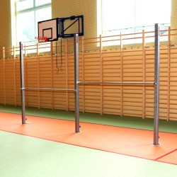 Universal free-standing gymnastic bar, two training fields