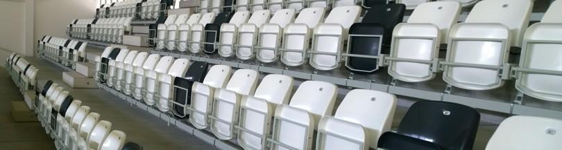 Gravity-tilting seats